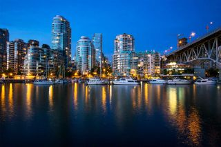 """Photo 15: 516 456 MOBERLY Road in Vancouver: False Creek Condo for sale in """"PACIFIC COVE"""" (Vancouver West)  : MLS®# R2248992"""