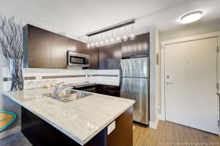 """Photo 3: 410 6500 194 Street in Surrey: Cloverdale BC Condo for sale in """"Sunset Grove"""" (Cloverdale)  : MLS®# R2331688"""
