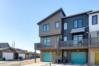Photo 2: 604 Walden Circle SE in Calgary: Walden Row/Townhouse for sale : MLS®# A1083778