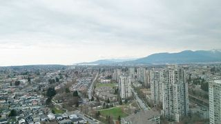 "Photo 14: 3105 5665 BOUNDARY Road in Vancouver: Collingwood VE Condo for sale in ""Wall Centre Central Park"" (Vancouver East)  : MLS®# R2353535"