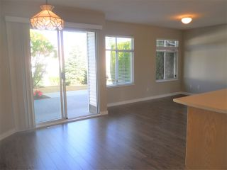 """Photo 12: 6 19649 53 Avenue in Langley: Langley City Townhouse for sale in """"Huntsfield Green"""" : MLS®# R2192002"""