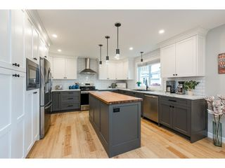 """Photo 4: 31938 HOPEDALE Avenue in Abbotsford: Abbotsford West House for sale in """"Clearbrook"""" : MLS®# R2545727"""