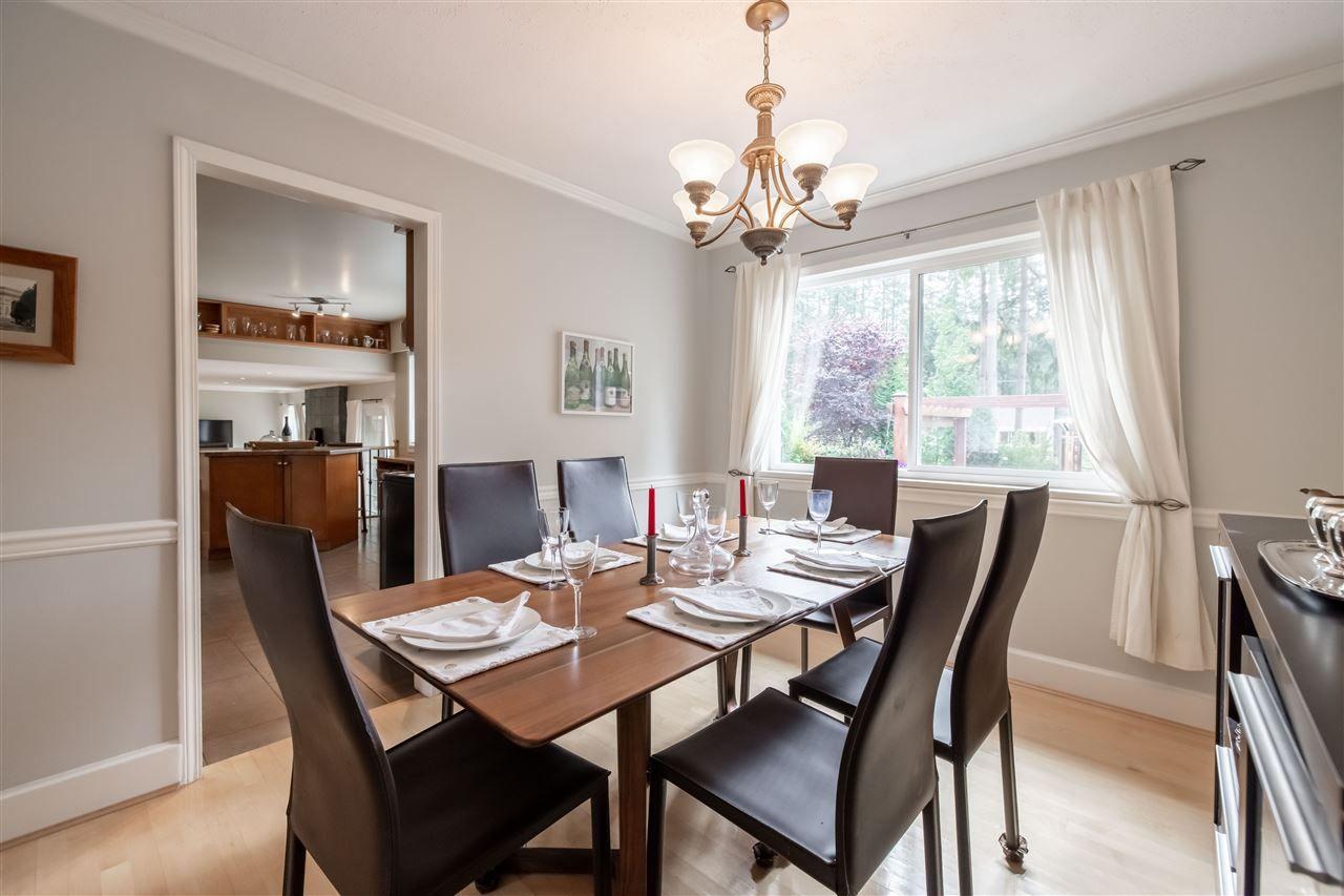 "Photo 13: Photos: 11064 64A Avenue in Delta: Sunshine Hills Woods House for sale in ""SUNSHINE HILLS"" (N. Delta)  : MLS®# R2500699"