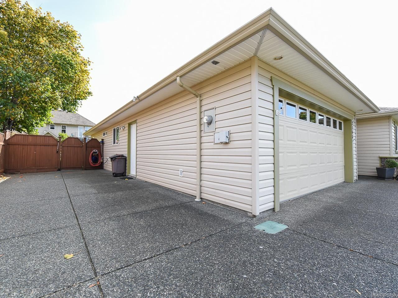 Photo 24: Photos: 2165 Stirling Cres in COURTENAY: CV Courtenay East House for sale (Comox Valley)  : MLS®# 826759
