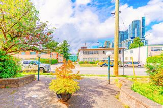 """Photo 15: 6766 DOW Avenue in Burnaby: Metrotown Townhouse for sale in """"CENTREPOINT"""" (Burnaby South)  : MLS®# R2617895"""