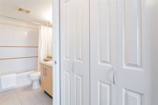 """Photo 5: 905 3660 VANNESS Avenue in Vancouver: Collingwood VE Condo for sale in """"CIRCA"""" (Vancouver East)  : MLS®# R2150014"""