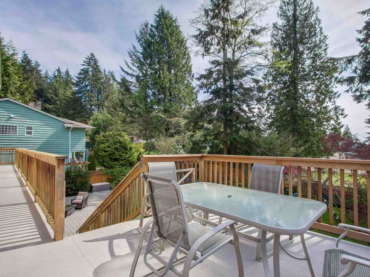 """Photo 13: Photos: 5153 SARITA Place in North Vancouver: Canyon Heights NV House for sale in """"Canyon Heights"""" : MLS®# R2055631"""