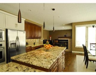 Photo 7: 60 EVERGREEN Row SW in CALGARY: Shawnee Slps Evergreen Est Residential Detached Single Family for sale (Calgary)  : MLS®# C3378995
