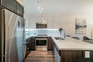 "Photo 5: 503 2525 CLARKE Street in Port Moody: Port Moody Centre Condo for sale in ""The Strand"" : MLS®# R2524901"