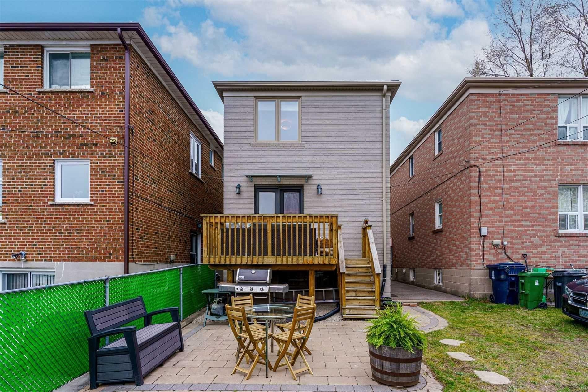 Photo 35: Photos: 92 Holborne Avenue in Toronto: Danforth Village-East York House (2-Storey) for sale (Toronto E03)  : MLS®# E5204452
