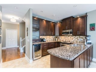 """Photo 4: 3 20750 TELEGRAPH Trail in Langley: Walnut Grove Townhouse for sale in """"Heritage Glen"""" : MLS®# R2544505"""