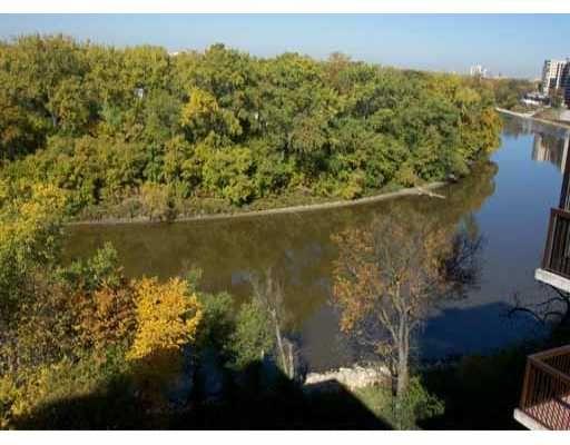 Main Photo: 701 245 WELLINGTON Crescent in WINNIPEG: Fort Rouge / Crescentwood / Riverview Condominium for sale (South Winnipeg)  : MLS®# 2312065