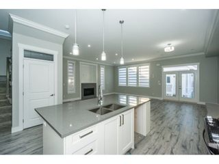 Photo 7: 36036 EMILY CARR Green in Abbotsford: Abbotsford East House for sale : MLS®# R2218824