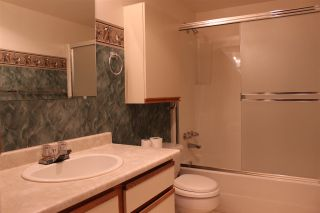 """Photo 7: 219 5379 205 Street in Langley: Langley City Condo for sale in """"Heritage Manor"""" : MLS®# R2074037"""