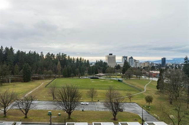 Main Photo: 1006 5883 Barker Avenue in Burnaby: Metrotown Condo for sale (Burnaby South)  : MLS®# r2554566