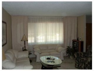 Photo 3: 961 CRESTVIEW PARK Drive in WINNIPEG: Westwood / Crestview Residential for sale (West Winnipeg)  : MLS®# 2814688