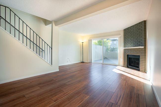 Main Photo: 103 3180 E 58TH AVENUE in Highgate: Home for sale : MLS®# R2345170