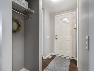 Photo 37: 16 5315 53 Avenue NW in Calgary: Varsity Row/Townhouse for sale : MLS®# A1041162