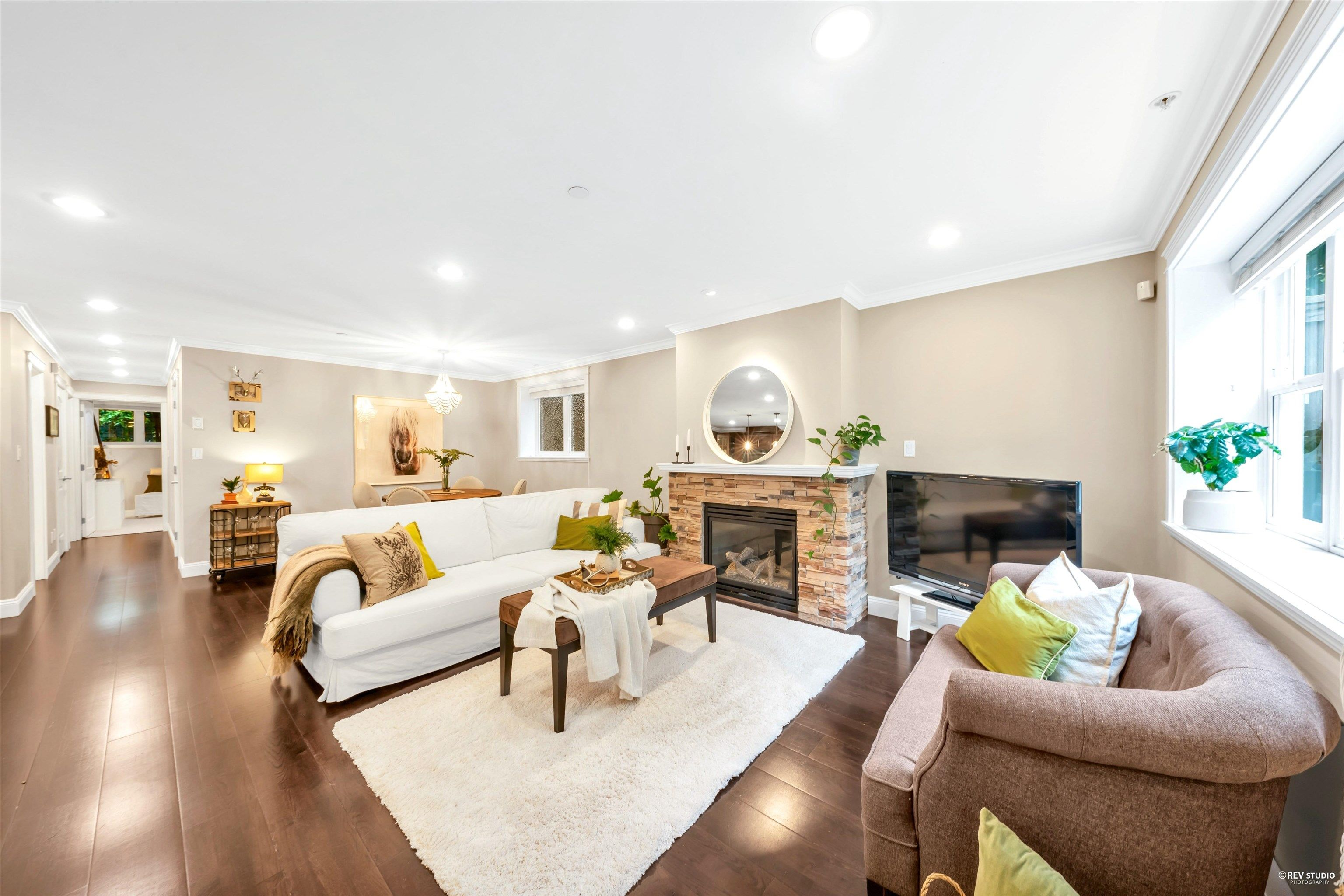 """Main Photo: 2 1624 GRANT Street in Vancouver: Grandview Woodland Townhouse for sale in """"Grant's Place"""" (Vancouver East)  : MLS®# R2621847"""