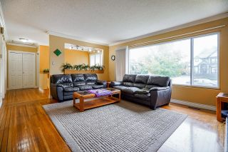 Photo 4:  in Surrey: Guildford House for sale (North Surrey)  : MLS®# R2617331