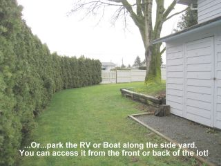 Photo 3: 2050 MARTENS Street in Abbotsford: Poplar House for sale : MLS®# F1208114