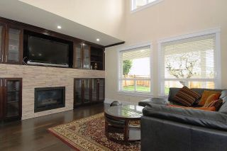 Photo 5: 16067 14TH Ave in South Surrey White Rock: Home for sale : MLS®# F1303801