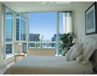 "Photo 4: 3703 1111 W PENDER ST in Vancouver: Coal Harbour Condo for sale in ""VANTAGE"" (Vancouver West)  : MLS®# V549733"