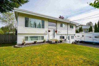 Photo 2: 32063 HOLIDAY Avenue in Mission: Mission BC House for sale : MLS®# R2576430