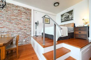 """Photo 8: 316 2515 ONTARIO Street in Vancouver: Mount Pleasant VW Condo for sale in """"ELEMENTS"""" (Vancouver West)  : MLS®# R2197101"""