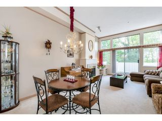 """Photo 4: 5 3590 RAINIER Place in Vancouver: Champlain Heights Townhouse for sale in """"Sierra"""" (Vancouver East)  : MLS®# R2574689"""