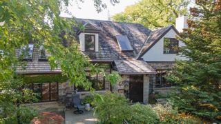 Photo 2: 68 Armadale Avenue in Toronto: High Park-Swansea House (1 1/2 Storey) for sale (Toronto W01)  : MLS®# W5402738