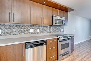 Photo 7: 740 73 Street SW in Calgary: West Springs Row/Townhouse for sale : MLS®# A1138504