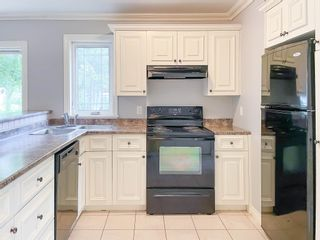 Photo 3: 1059 Scott Drive in North Kentville: 404-Kings County Residential for sale (Annapolis Valley)  : MLS®# 202117956