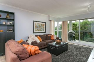 "Photo 1: 201 106 W KINGS Road in North Vancouver: Upper Lonsdale Condo for sale in ""Kings Court"" : MLS®# R2214893"