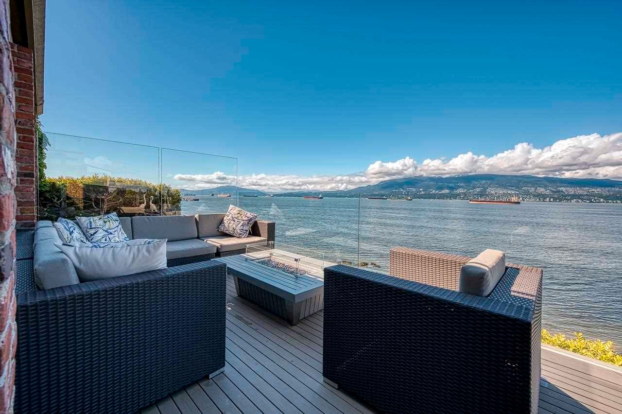 """Main Photo: 3281 POINT GREY Road in Vancouver: Kitsilano House for sale in """"ARTHUR ERIKSON"""" (Vancouver West)  : MLS®# R2580365"""