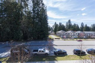 """Photo 15: 302 3105 LINCOLN Avenue in Coquitlam: New Horizons Condo for sale in """"WINDSOR GATE BY POLYGON"""" : MLS®# R2154112"""