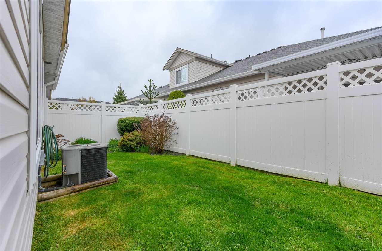 """Photo 18: Photos: 174 8485 YOUNG Road in Chilliwack: Chilliwack W Young-Well Townhouse for sale in """"Hazelwood Grove"""" : MLS®# R2452221"""