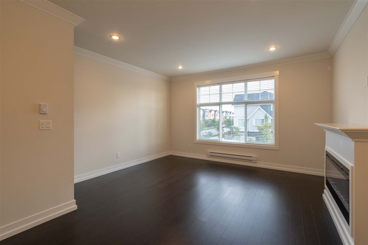 Main Photo: 44 16458 23A AVENUE in : Grandview Surrey Townhouse for sale : MLS®# R2406233