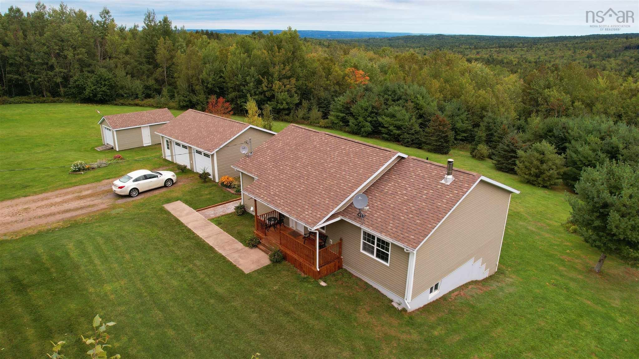 Main Photo: 571 East Torbrook Road in South Tremont: 404-Kings County Residential for sale (Annapolis Valley)  : MLS®# 202123955