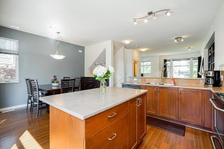 """Photo 16: 24 20120 68 Avenue in Langley: Willoughby Heights Townhouse for sale in """"The Oaks"""" : MLS®# R2599788"""