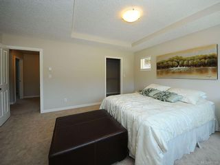 Photo 11: 3392 Merlin Rd in Langford: La Luxton House for sale : MLS®# 616100