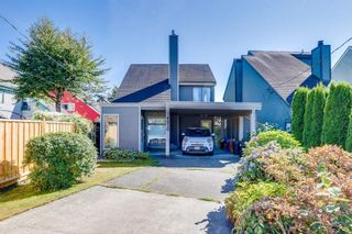 Photo 1: 4850 47A Avenue in Delta: Ladner Elementary House for sale (Ladner)  : MLS®# R2492098