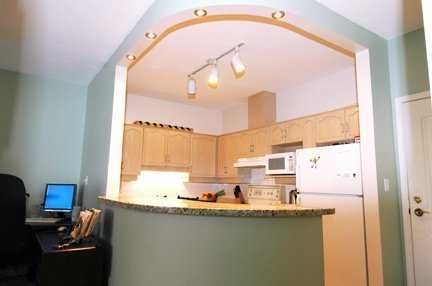Photo 5: Photos: 409 6742 STATION HILL CT in Burnaby: South Slope Condo for sale (Burnaby South)  : MLS®# V582871