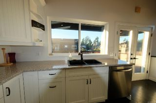 Photo 9: 718 Ocean Park Dr in : PA Tofino House for sale (Port Alberni)  : MLS®# 861190