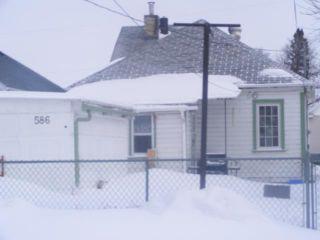 Photo 16: 586 CASTLE Avenue in WINNIPEG: East Kildonan Residential for sale (North East Winnipeg)  : MLS®# 1104183