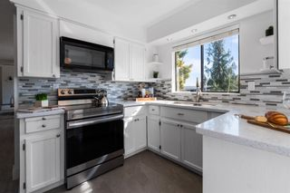 Photo 5: 8375 ASTER Terrace in Mission: Mission BC House for sale : MLS®# R2620777