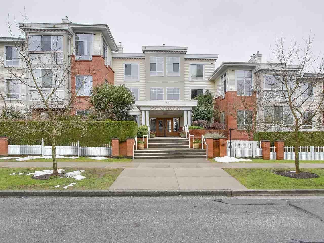 """Main Photo: 405 360 E 36TH Avenue in Vancouver: Main Condo for sale in """"MAGNOLIA GATE"""" (Vancouver East)  : MLS®# R2244662"""