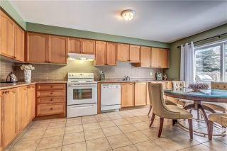 Photo 9: 59 Norland Circle in Oshawa: Windfields House (2-Storey) for sale : MLS®# E3818837