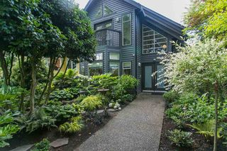 Photo 2: 618 W 17TH Avenue in Vancouver: Cambie House for sale (Vancouver West)  : MLS®# R2082339