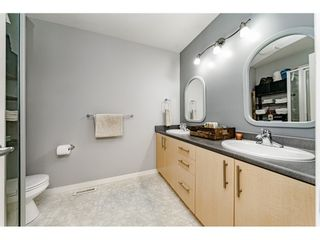 Photo 10: 34 19250 65th Avenue in SUNBERRY COURT: Home for sale
